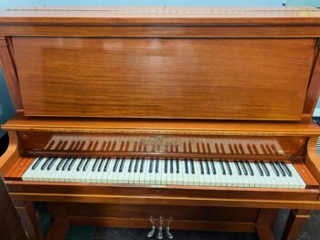 1923 Heintzman Upright Model B in Mahogany