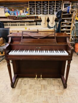 1957 Melodigrand Cameo Upright