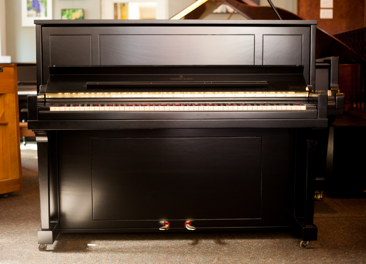 Steinway & Sons 1098