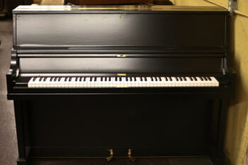 1973 Yamaha Upright Model P2